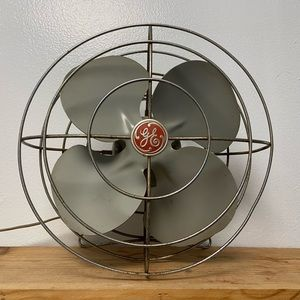Vintage GE General Electric Metal Fan Cat # F11W21